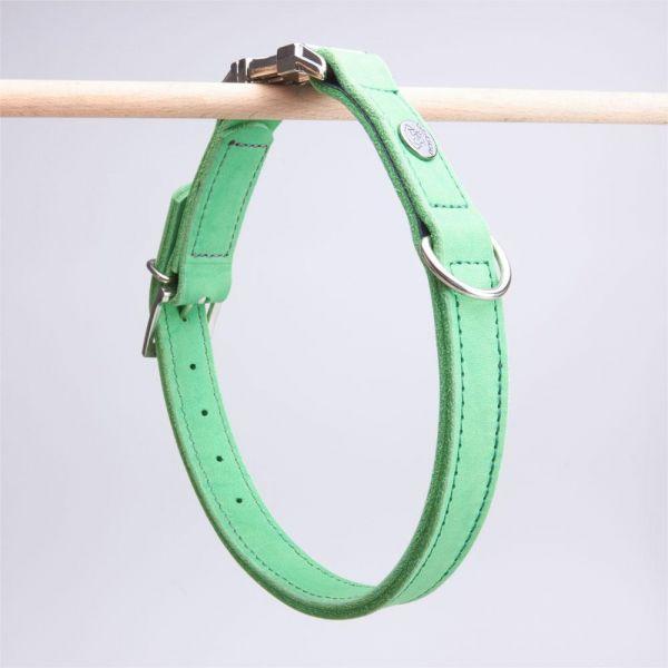 DOOGA Fettleder Halsband mit Klick Apfelgrün